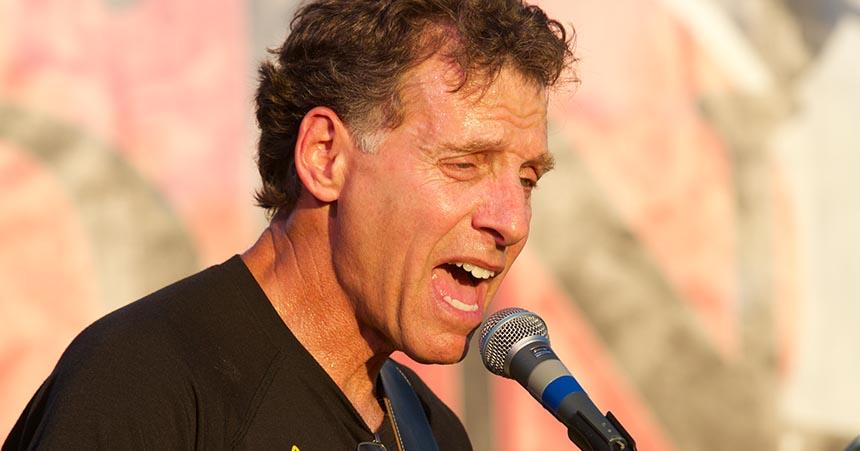 Chuck Kaplan singing
